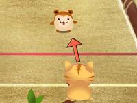 لعبة القطة اللطيفة ورمي كرة البولنج على الحيوانات